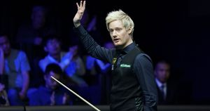 Neil Robertson cruised Kishan Hirani in the first round of the English Open
