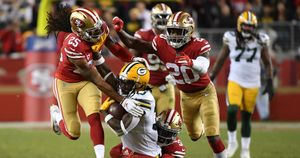 The San Francisco 49ers in action against the Green Bay Packers