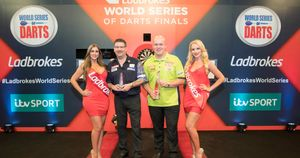 Michael van Gerwen and Gary Anderson will be fancied to reach the final in 2018 (Picture: Lawrence Lustig/PDC)