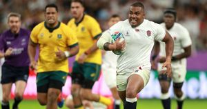 Kyle Sinckler bursts through to score his first ever England try in their quarter-final win over Australia