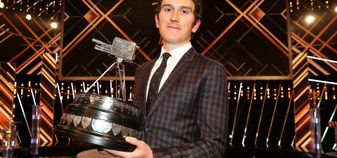 Geraint Thomas poses with the SPOTY award