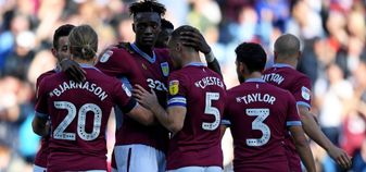 Aston Villa players celebrate Tammy Abraham's goal v Swansea