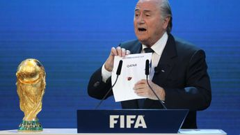 Sepp Blatter announces Qatar's successful bid