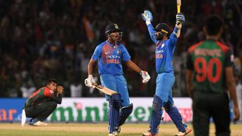 India celebrate victory in the Nidahas Twenty20 Tri-Series final