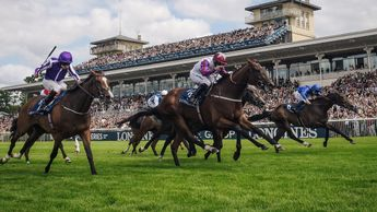 Laurens (centre) winning the French Oaks
