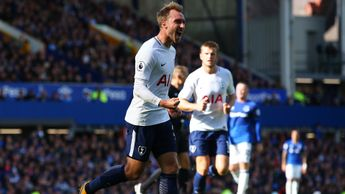 Christian Eriksen celebrates his goal