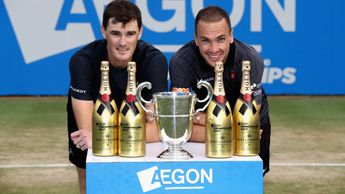 Murray and Soares took the title at Queen's
