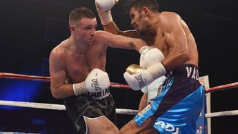 Josh Taylor lands a left hook