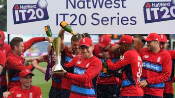 England claimed the T20 series 2-1