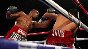 Daniel Jacobs on his way to victory