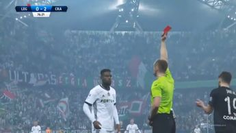 William Remy is sent off by the referee in bizarre circumstances (photo credit: Ekstraklasa)