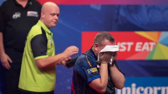 Glen Durrant defeated Michael van Gerwen (Picture: Lawrence Lustig/PDC)