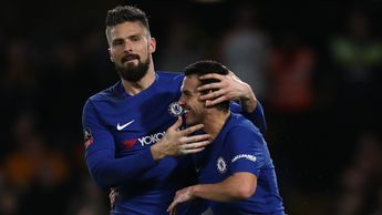 Olivier Giroud and Pedro celebrate