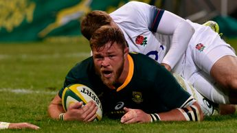 Duane Vermeulen scores for South Africa