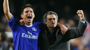 Frank Lampard (left) enjoyed playing under Jose Mourinho in the Portuguese's two spells at Chelsea