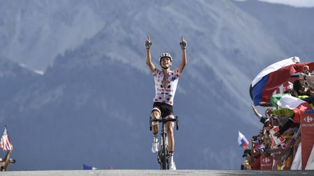 Warren Barguil wins stage 18