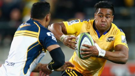 Hurricanes wing Julian Savea