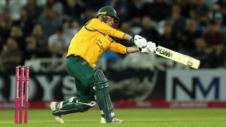 Luke Woods in action for Notts Outlaws