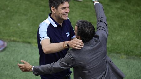Mauricio Pellegrino (left) is the new man in charge at St Mary's