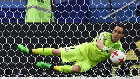 Claudio Bravo was the penalty shootout star