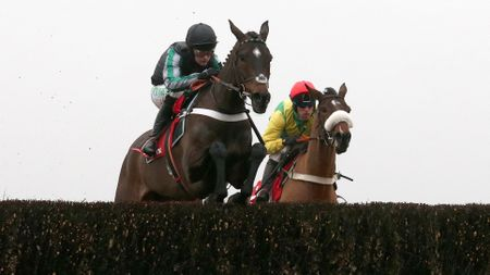 Altior leads the way at Ascot