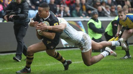 Marcus Watson scores Wasps' first try against Exeter