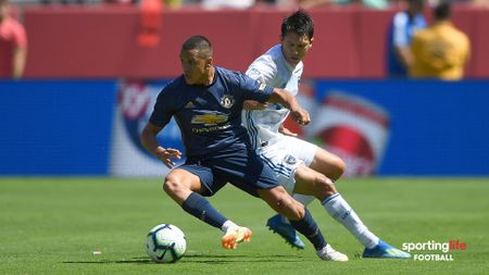 Alexis Sanchez in action for Manchester United against San Jose Earthquakes