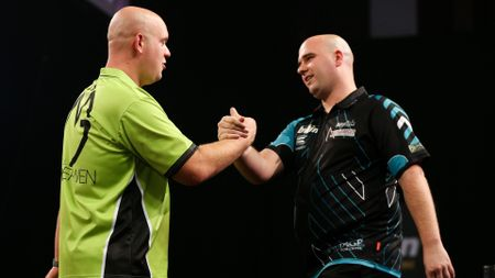 Michael van Gerwen beat Rob Cross in a thrilling clash (Picture: Lawrence Lustig/PDC)