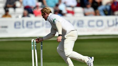 Simon Harmer ripped through Middlesex with five wickets