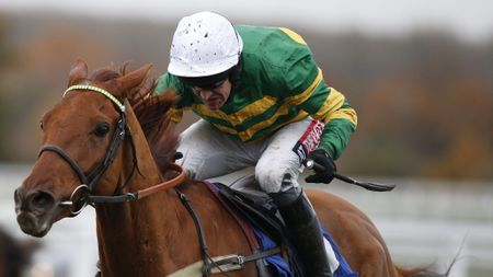 Yanworth tackles fences at Exeter on Tuesday