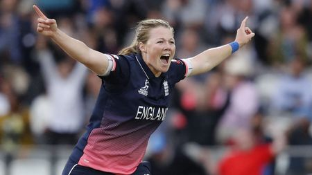 Anya Shrubsole took six wickets at Lord's