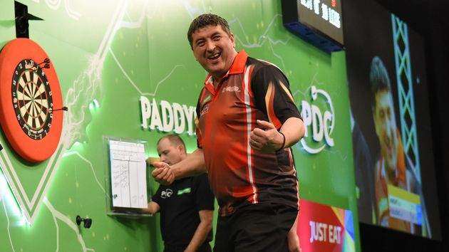 Mensur Suljovic (Picture: PDC/Chris Dean)