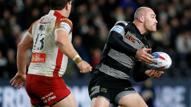 Gareth Ellis: Wants to play on next season