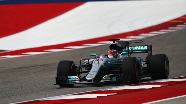 Lewis Hamilton set a new lap record