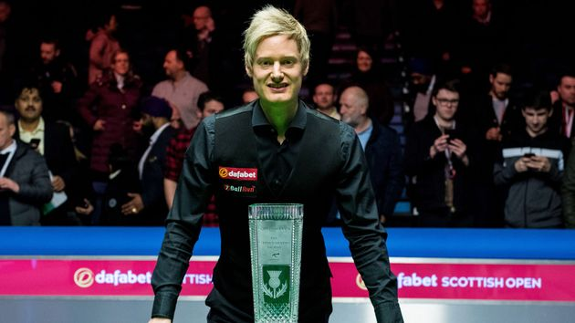 Neil Robertson with the trophy in Glasgow