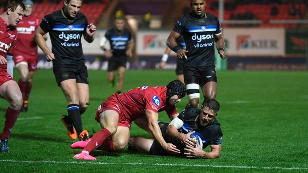 Rhys Priestland is stopped short of the line