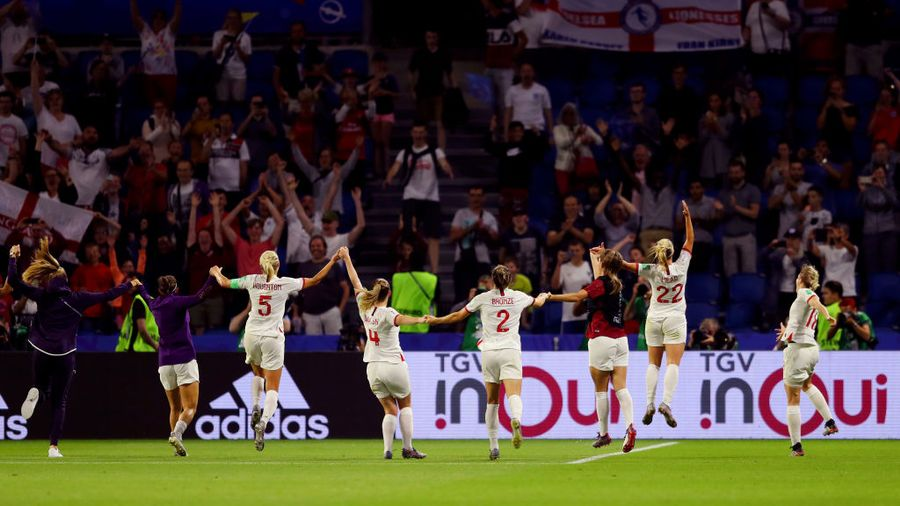 England won well on Thursday to reach the semi-finals