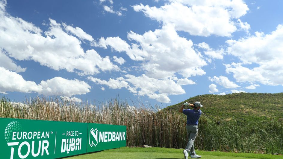 Louis Oosthuizen tees off at Sun City