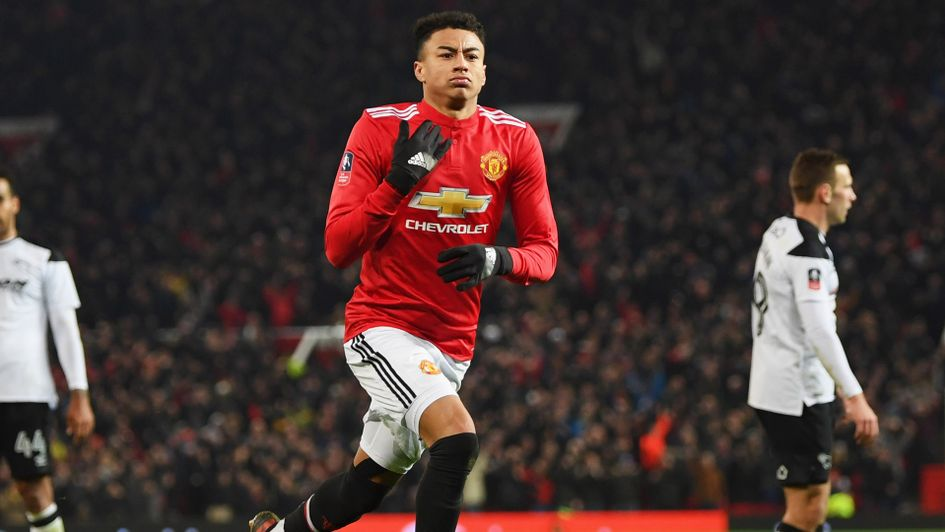 Manchester United 2 0 Derby Jesse Lingard And Romelu