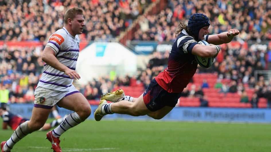 Bristol's Harry Thacker scores against his former side, as they beat Leicester Tigers