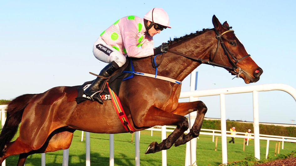 Min: En route to victory at Leopardstown 12 months ago