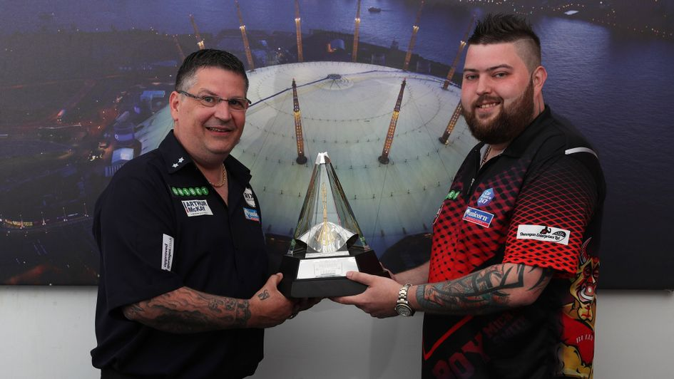 Gary Anderson and Michael Smith meet in the second semi-final (Pic: Lawrence Lustig/PDC)