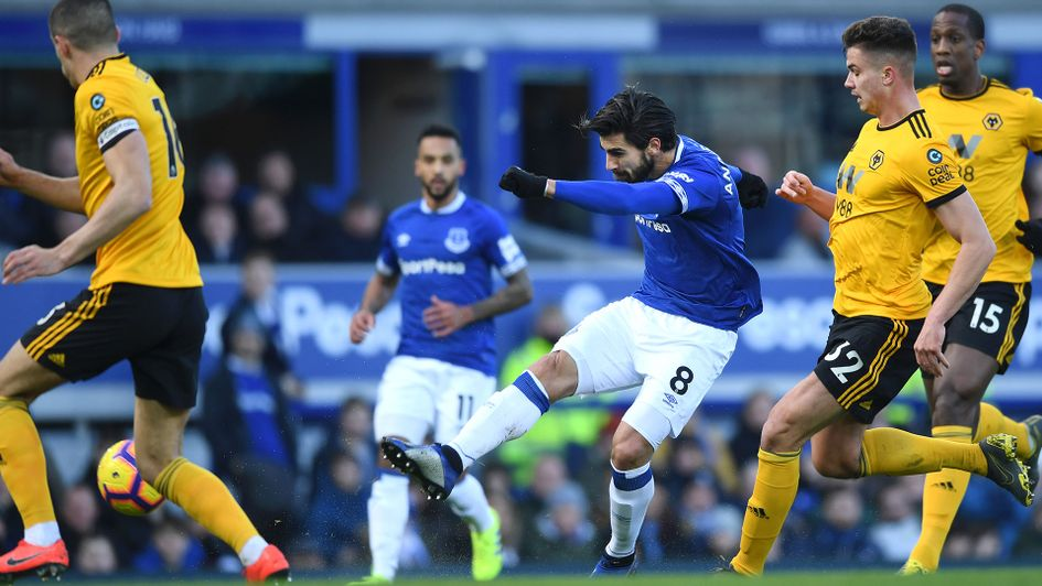 Andre Gomes fires home against Wolves