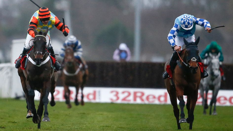 Double Shuffle (right) chases Might Bite home at Kempton