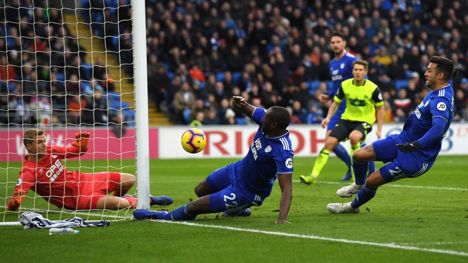 Sol Bamba nearly scores for Cardiff against Huddersfield