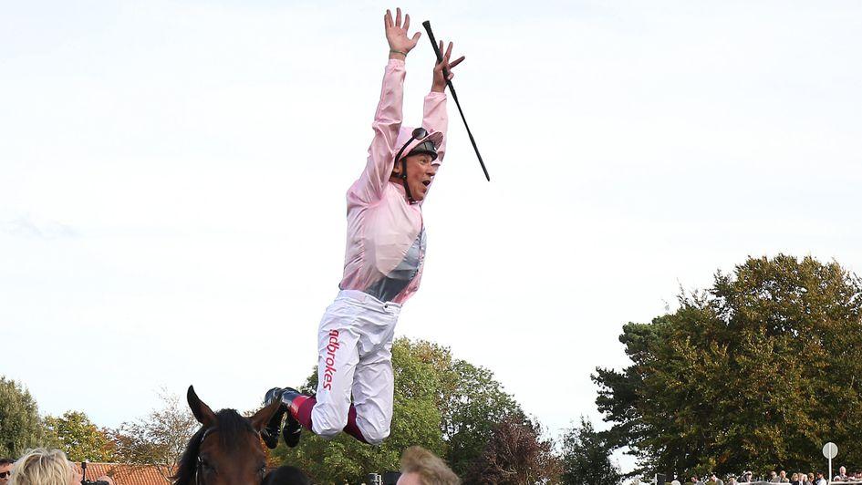 Too Darn Hot has Frankie Dettori jumping for joy