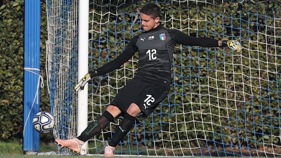 Elia Caprile in action for Italy's u18s side