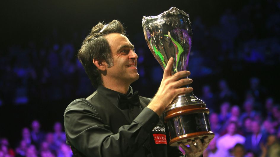 Ronnie O'Sullivan with the UK Championship trophy