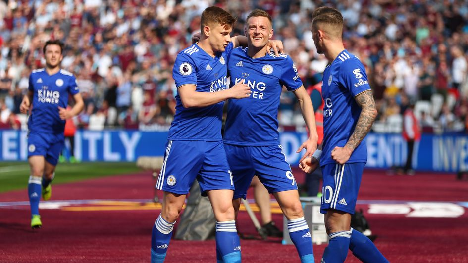 Leicester players celebrate Jamie Vardy's goal at West Ham