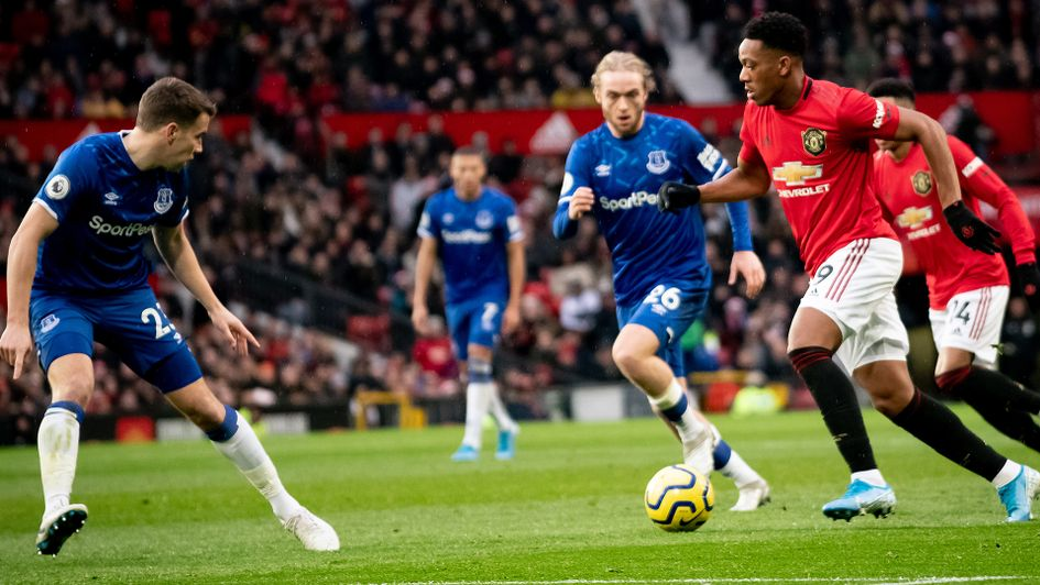 manchester united everton betting preview